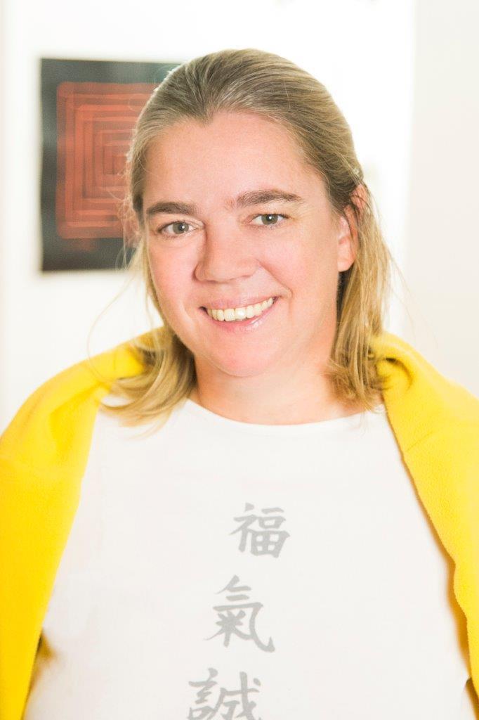 Dr. Elke M. Held